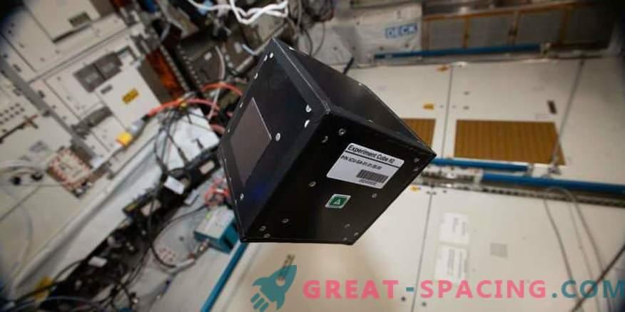 Modular experimental platform on the ISS
