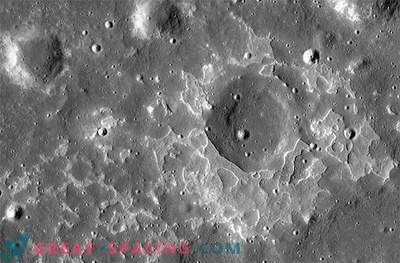 "Volcanoes that ""recently"" erupted on the moon"