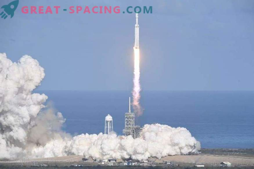 Excellent launch for the world's largest rocket