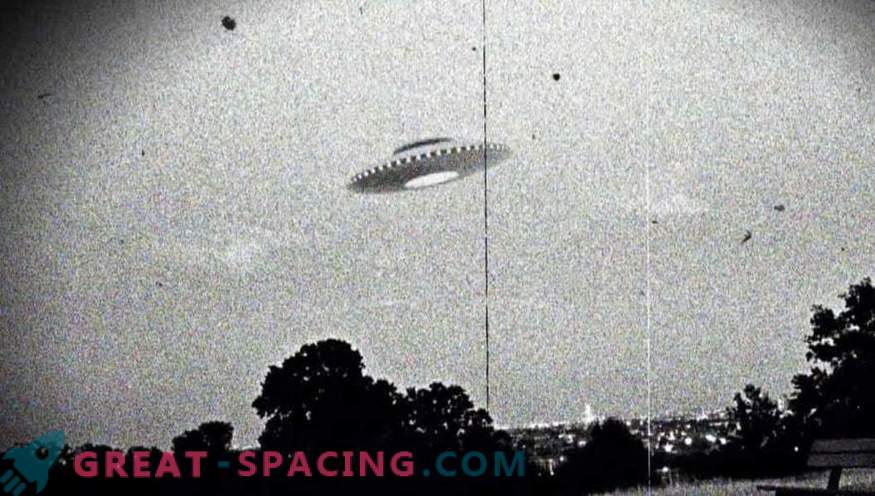 The CIA declassified some documents about unidentified flying objects