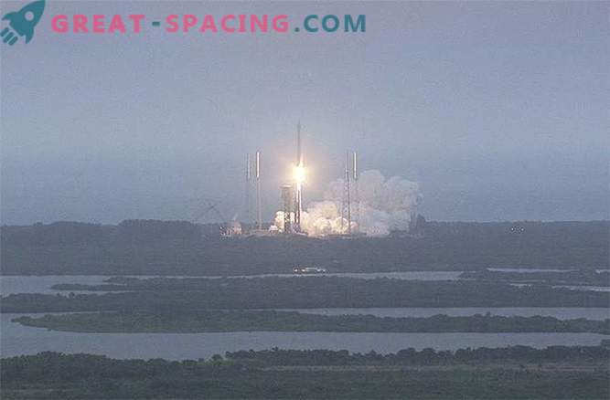 The long-awaited launch of the Atlas V launch vehicle with the cargo ship Cygnus is finally accomplished!
