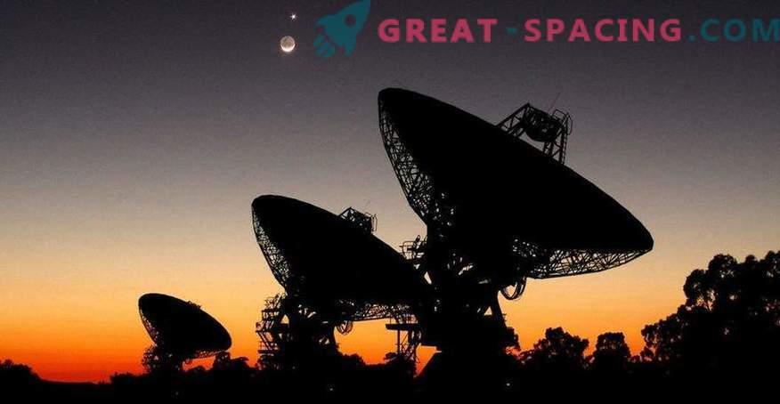 Can artificial intelligence find alien