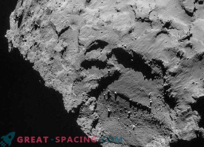 Rosetta discovered a stone pyramid on the surface of a comet