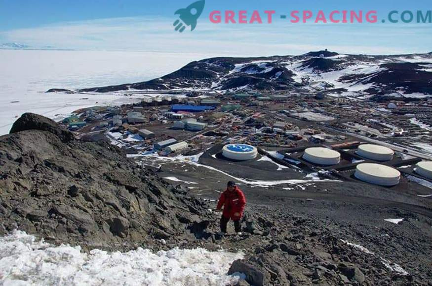 From Antarctica launched the second scientific balloon
