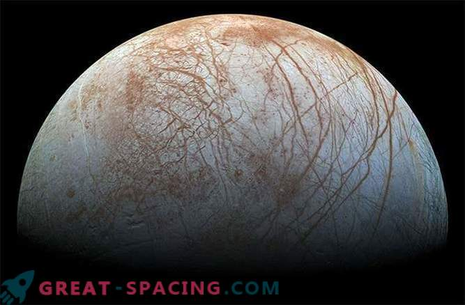 Fire and Ice: Jupiter's moons that have an ocean