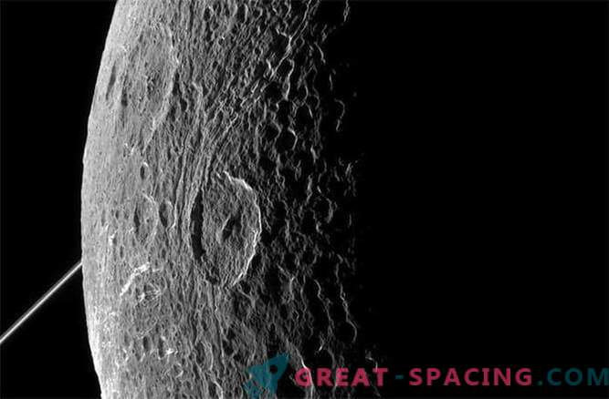 Cassini captures stunning views of Dione