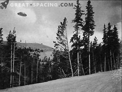 What kind of strange object did a farmer in Texas see in 1878? Ufologists point to the