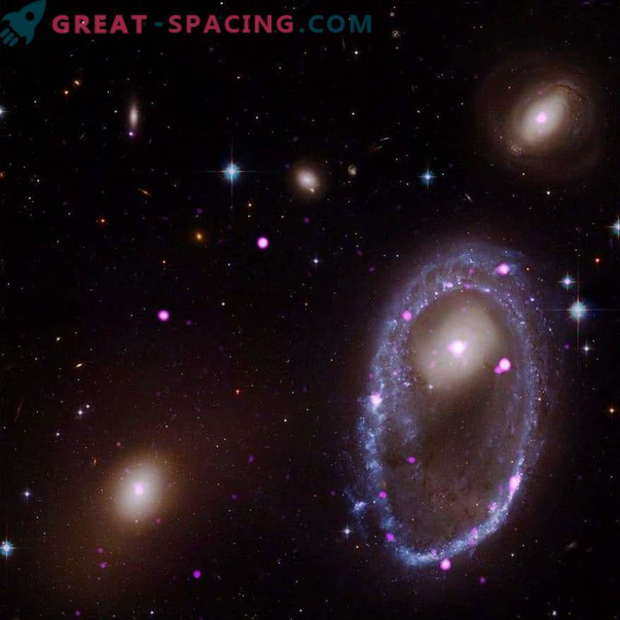 The galaxy shows off an unusual ring in x-rays