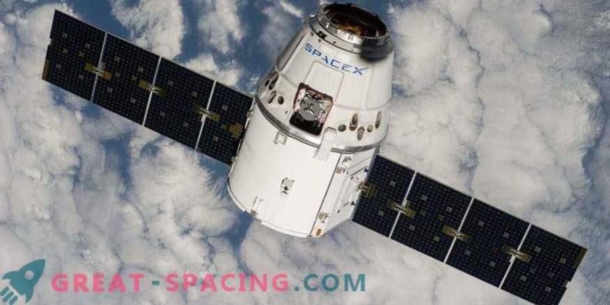 SpaceX ship return