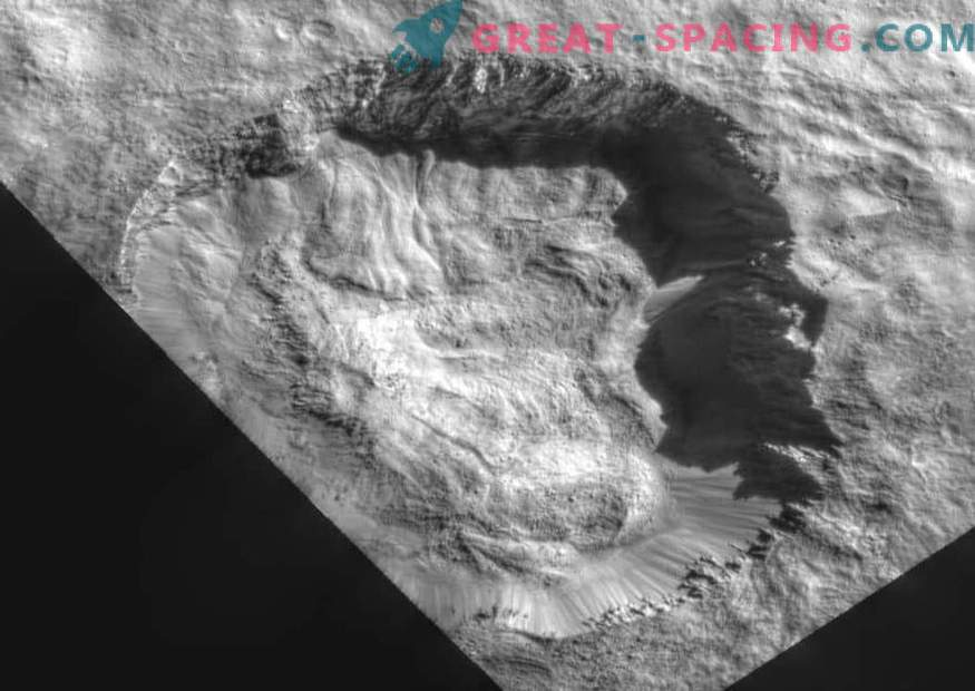 Dawn demonstrates recent changes to the surface of Ceres