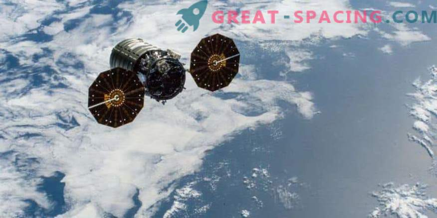 Cygnus spacecraft completes mission fiery death