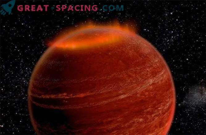 Outside our solar system, a huge aurora was discovered