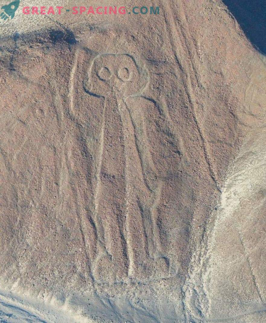 Ancient drawings in the Nazca desert. Ufologists point to extraterrestrial origin