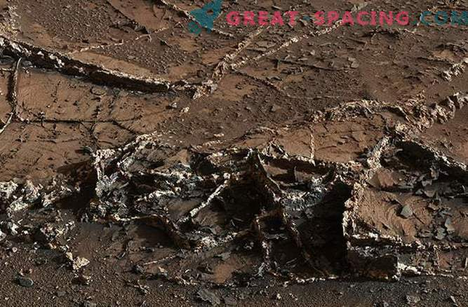 Epic first year of Curiosity on Mars: photos