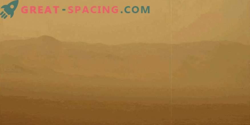 Dust can prevent Martian colonization