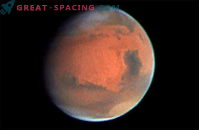 Volcanoes could heat Mars enough to form liquid water