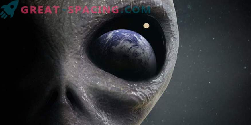 Alien life is not obliged to copy earth conditions