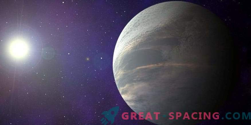 A unique exoplanet capable of unlocking the secrets of breaking Fulton