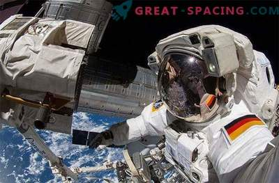 Astronauts at work: astronauts made amazing photos