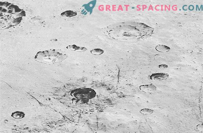 Immerse yourself in the amazing landscape of Pluto.