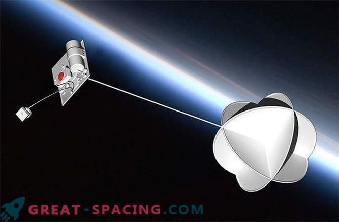 Tiny ThumbSat is designed to fill gaps in space