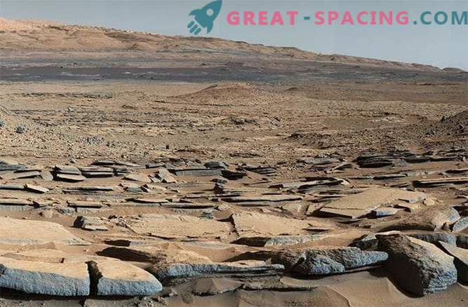 Studies of the ancient waters of Mars by the Curiosity rover: photo