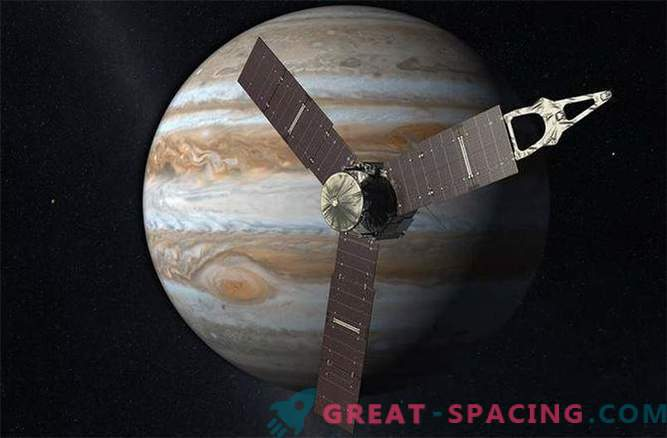 Yunona space station uncontrollably approaches Jupiter