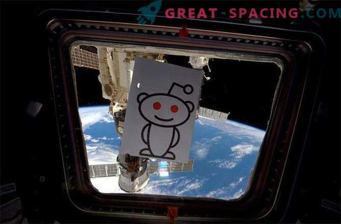 From corns to Klingons: the ISS astronaut tells everything