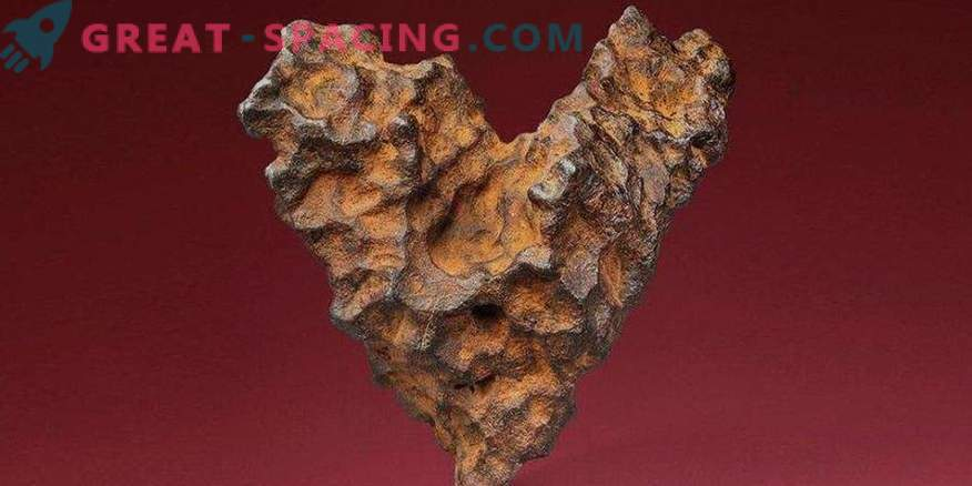 Give meteorite for Valentine's Day