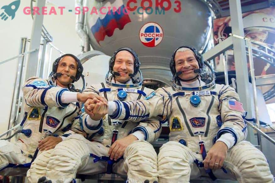 Three cosmonauts arrived on the ISS for a 5-month mission
