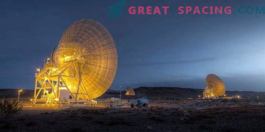 Antennas for lighter and more economical communication satellites