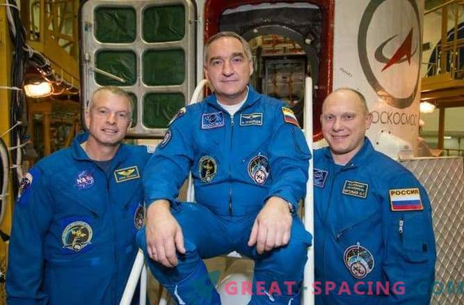 American and Russian astronauts: is diplomatic tension possible in space?