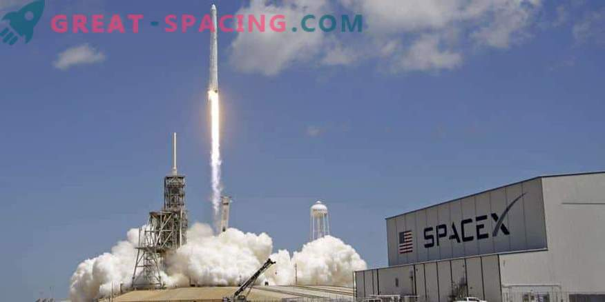 SpaceX launches secret Zuma mission