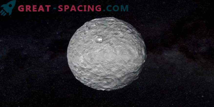 Possible ancient oceanic traces on Ceres