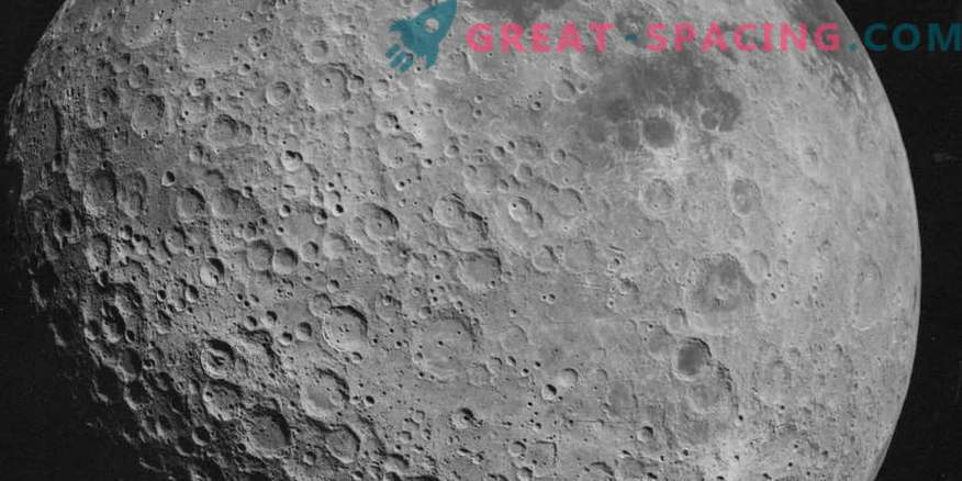 Bright stripes on the moon. How does cosmic weathering work?