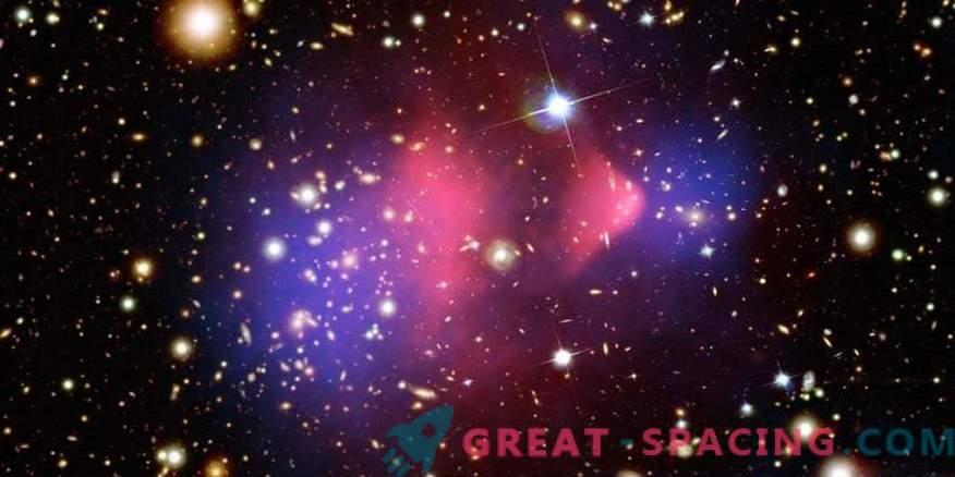 Cosmologists form new dark matter dynamics maps