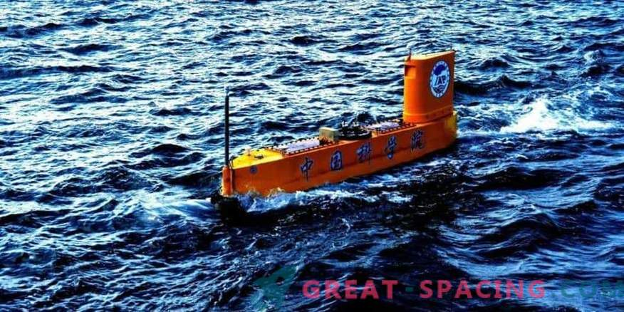 The Chinese automatic ship launches small rockets for scientific purposes