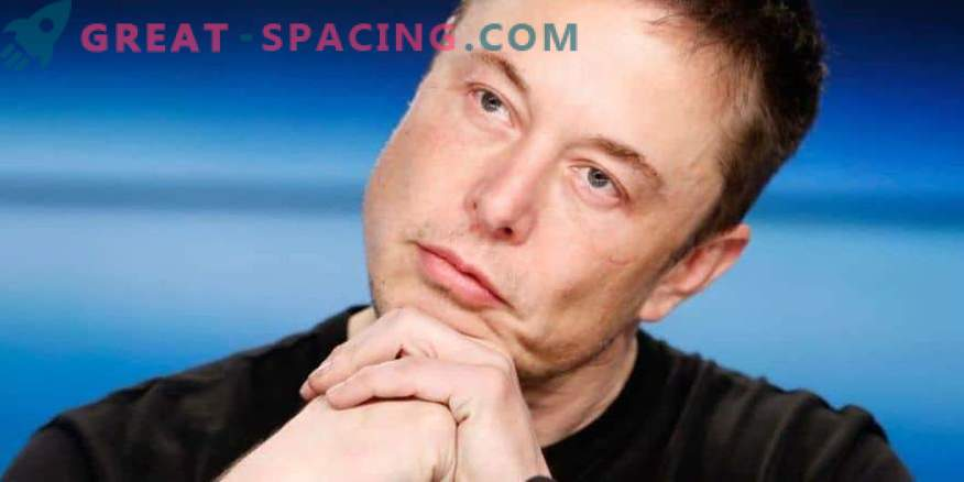 Ilon Musk reflects on moving to Mars