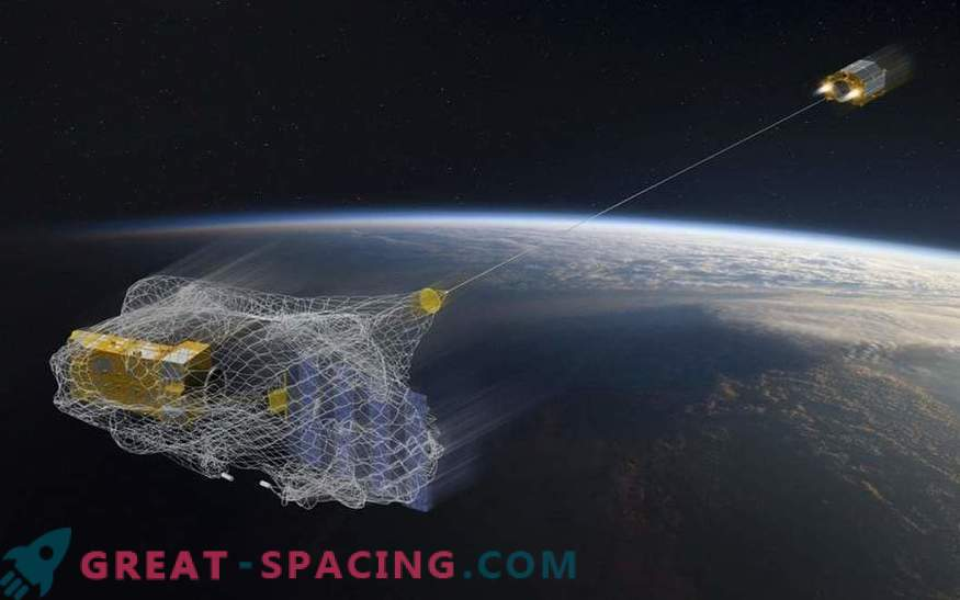 As Russia offers to deal with space debris using satellites