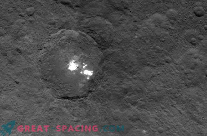 Scientists still can not understand the nature of the mysterious spots on Ceres