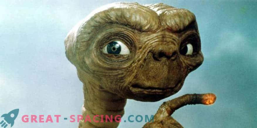 Call the aliens! Aliens can use stars to communicate