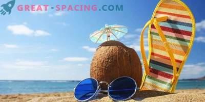 Beach accessories for women