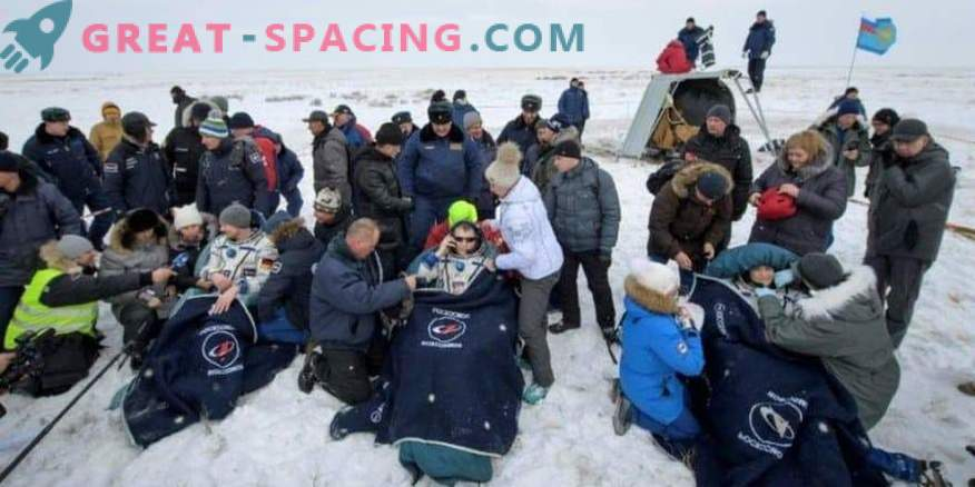 Astronauts returned from the ISS to Earth