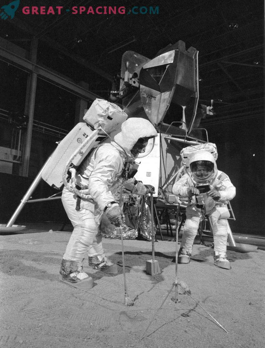 Where did NASA's entry on the landing of astronauts on the moon disappear