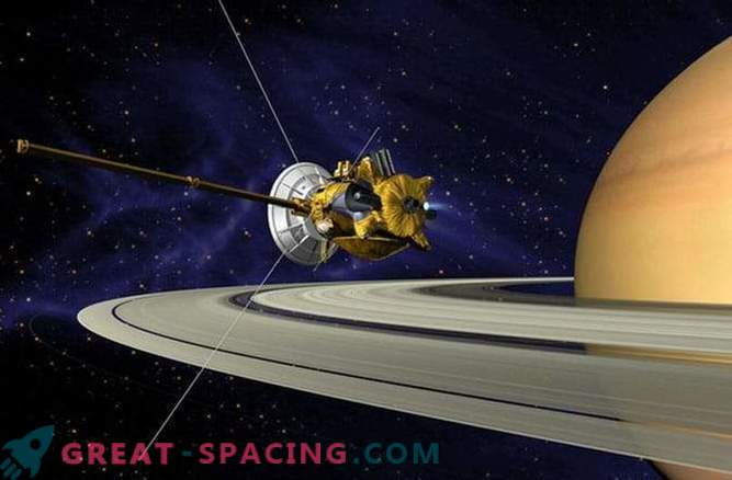 The longitude of the day on Saturn is measured with previously unsurpassed accuracy