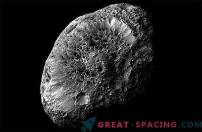 Cassini's probe will receive the last photo of Saturn's strange spongy satellite