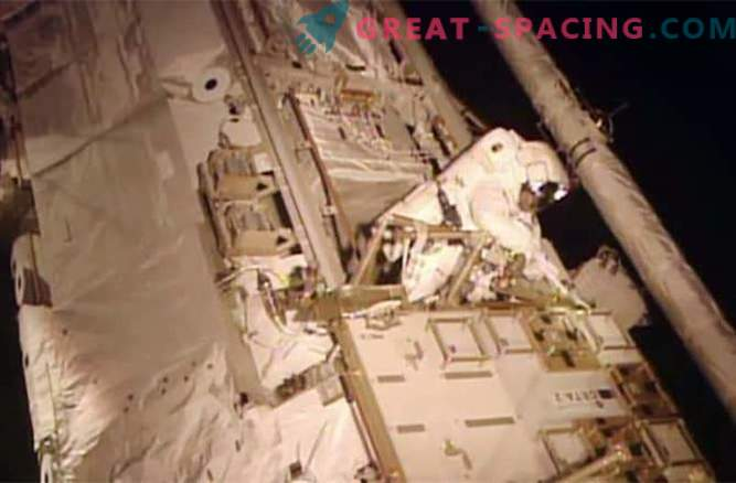 The astronauts have successfully coped with the leakage of toxic ammonia