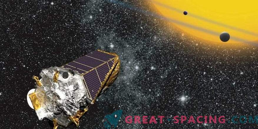 Good morning, Kepler! The famous hunter for other worlds wakes up from forced hibernation