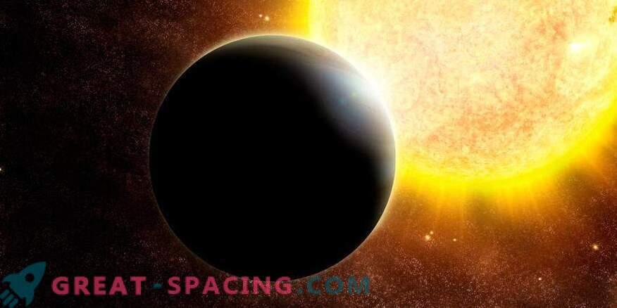 Venus Twin rotates near dim star