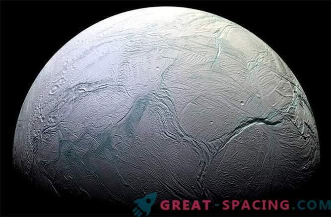 The Cassini interplanetary probe completes the mission to investigate the satellite Saturn Enceladus